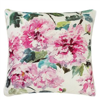 Designers Guild - Shanghai Garden Cushion - Peony